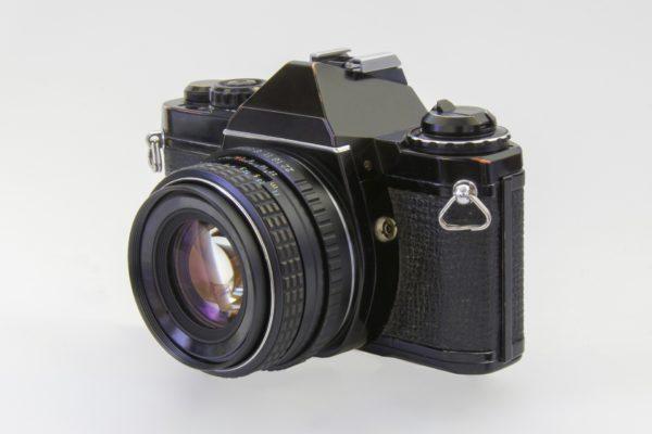 ニコンのフィルムカメラの歴史|各年代の代表機器を紹介